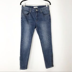 Free People skinny side zip jeans size 27 med rise